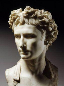 Retrato romano do imperador Augustus (63 a.C/14 d.C.)